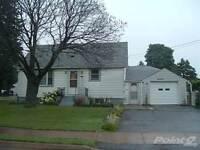 Homes for Sale in Dunn, Niagara Falls, Ontario $144,900
