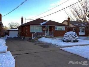 Homes for Sale in Thorold South, Thorold, Ontario $447,900