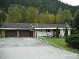 Homes for Sale in Salmo, British Columbia $229,900