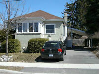 Student Friendly 4 bdrm 2.5 bath home steps to St.Lawrence