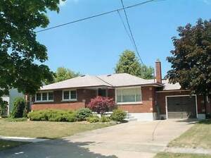 Homes for Sale in Collier Road, Thorold, Ontario $395,900