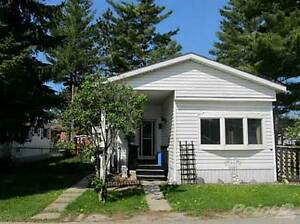 Homes for Sale in Angus, Essa, Ontario $149,000