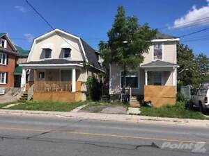 Multifamily Dwellings for Sale in Belleville, Ontario $369,900