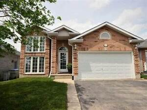 66 Willow Cres