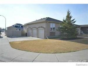 35 Holly CRES Moose Jaw Regina Area image 2
