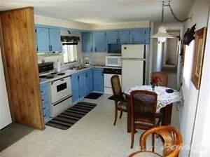 390 Cowichan Ave Comox / Courtenay / Cumberland Comox Valley Area image 2