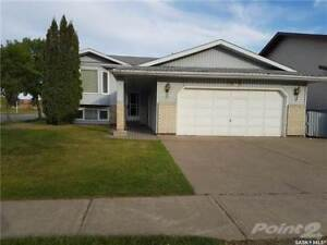 1685 Olive Diefenbaker DRIVE