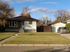 Homes for Sale in Taber, Alberta $225,000