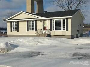 Homes for Sale in Chatham, Miramichi, New Brunswick $146,000