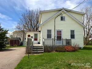 Homes for Sale in Summerside, Prince Edward Island $89,900