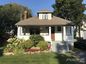 Homes for Sale in Pointe Claire, Pointe-Claire, Quebec $379,900