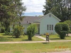 Homes for Sale in West Elgin, West Lorne, Ontario $115,000