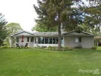 Homes for Sale in Ingersoll, Ontario $324,900