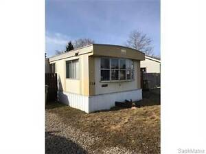 114 Eastview Trailer COURT