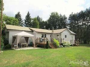 Homes for Sale in Maple Leaf, Ontario $158,900