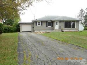 Homes for Sale in Prince Charles, Welland, Ontario $339,900