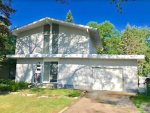 Renovated House Rental in Crescent Heights