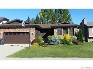 48 Willow CRES