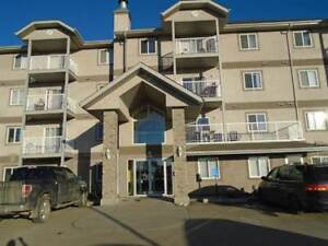 2 Bedroom 2 Bath Condo - Next to Tri-Leisure Center Spruce Grove