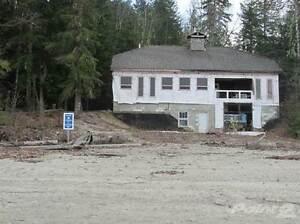 Homes for Sale in Seymour Arm, British Columbia $995,000 Revelstoke British Columbia image 2