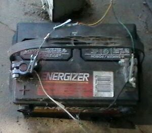 Dead Car Truck Tractor Equipment Battery Batteries FREE PICK UP Kingston Kingston Area image 1