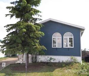 Homes for Sale in Gregoire, Fort McMurray, Alberta $369,900