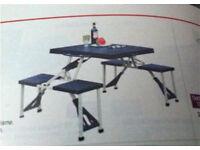 Picnic camping table
