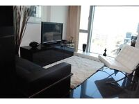 Studio flat in Pan Peninsula West, Pan Peninsula Square, Isle of Dogs