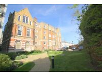 ***ISLINGTON: Spacious 2 Bed Flat in Gated Conversion***