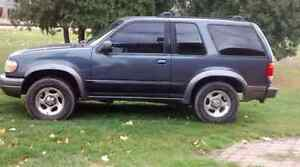 1999 Ford Explorer Hatchback