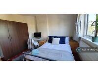 1 bedroom in Princes Avenue, London, W3 (#1160940)
