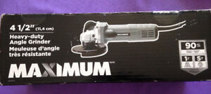 Brand new heavy duty angle grinder in box