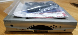 ROGERS 8300 SD (not HD) PVR with remote in excellent condition