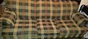 QUIN SIZE COUCH/SOFA BED
