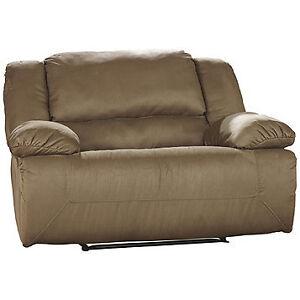 Ashley Furniture Hogan Wide Zero Wall Recliner, New