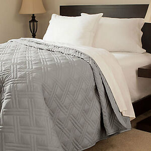 Portsmouth Home Solid Quilt - King, New