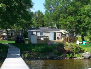 McCreary's Beach Resort 3 bedroom A/C Waterfront