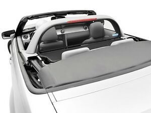Mustang Convertible 2005 to 2014 Wind Deflector compatible with light/style bar
