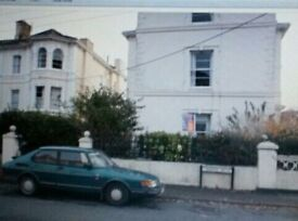 On bedroom ground floor flat in Dawlish. ..rent to include utilities