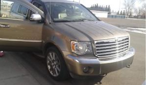 2007 Chrysler Aspen $5500 or trade for a low hour quad