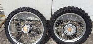 WTB:  WR250R Wheels