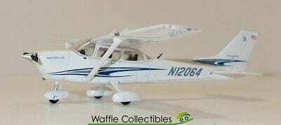 1:72 Gemini Jets Sportys Academy 172 N12064 70392 GGCES003 Airplane Model
