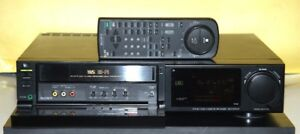 Sony VHS Pro Editing VCR Model SLV-575UC With Remote Control.