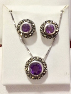 Ladies Purple Necklace and Earring Set