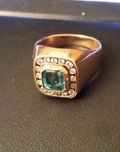 18k gold, 1.31ct nautral emerald, ring.