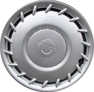 Wanted: wheel covers / hub caps for Smart Fortwo