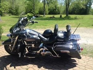 1997 Harley Davidson FLHT to Trade for Boat and Motor