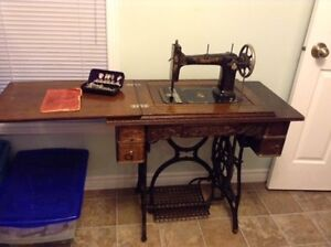 Antique Raymond Sewing Machine Kawartha Lakes Peterborough Area image 1