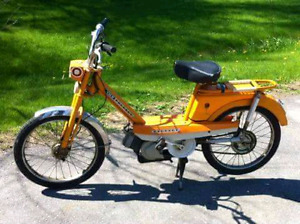 1968 Peugeot 102 moped
