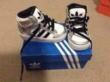 Brand new adidas infant size 5 Camira Ipswich City Preview